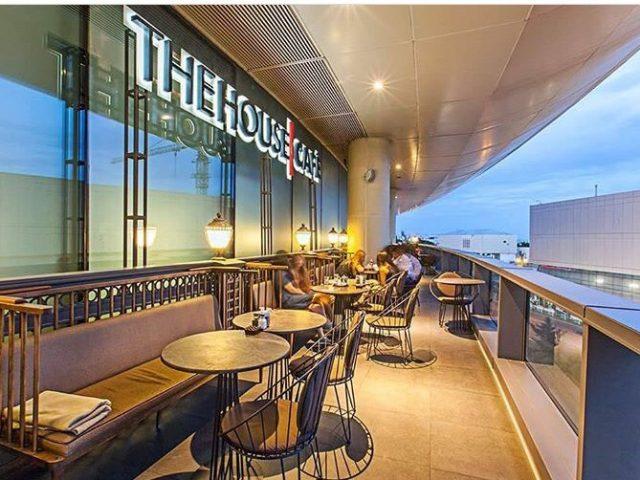 THE HOUSE CAFÉ <br> <mark> &nbsp;&nbsp; 10% Discount &nbsp;&nbsp; </mark></br>