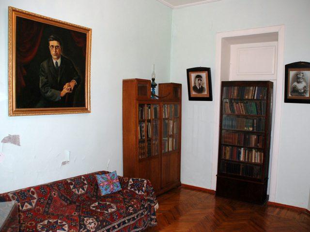 The house-museum <br>of Jafar Jabbarly <br> <mark> &nbsp;&nbsp; Free &nbsp;&nbsp; </mark></br>