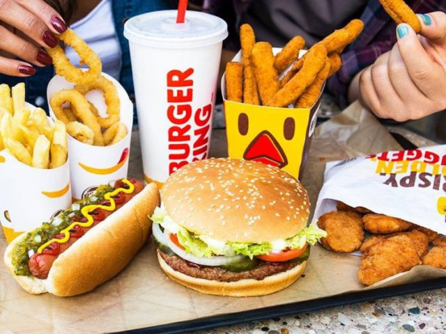 Burger King <br> <mark> 50% Discount for the tourist menu </mark></br>