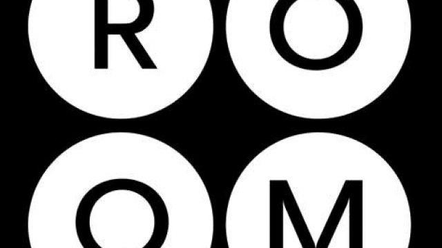 ROOM<br> <mark> Free Wine Tasting </mark></br>